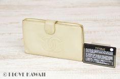 CHANEL Ivory Caviarskin Leather Folding Purse
