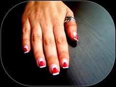 santa claus hat nail art design christmas nails