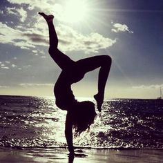 with each inhale draw yourself closer to the sun and with each exhale root yourself deeper into the earth #yoga
