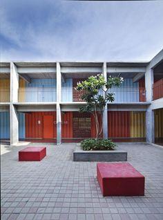 DPS Kindergarden School / Khosla Associates © Shamanth Patil