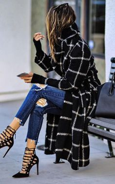 beautiful outfit idea / plaid coat + rips + luce up heels