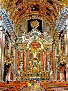 Napoli Chiesa del Gesù Nuovo