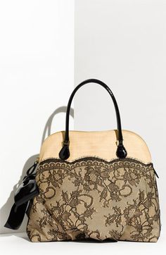 84 Best Valentino images   Beige tote bags, Fashion handbags ... 18dc5ae36a