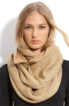 By adding a zipper, couldn't you turn a thin shawl into a wide scarf that stays in place like this?