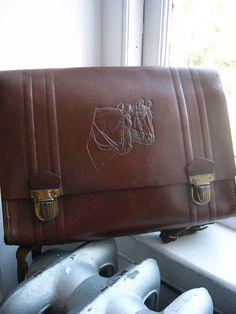 Want it want it want it want it.1950s Vintage Leather Back Pack School Satchel Embossed Horseheads.