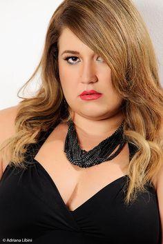 Michelle Garcez  faz ensaio exclusivo no Estúdio Adriana Líbini