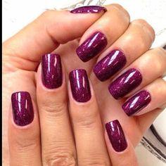 love dark nails for winter