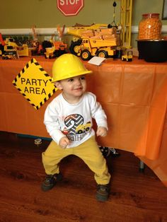 Super Birthday Party Ideas For Boys Construction Ideas Digger Birthday, Tractor Birthday, 2nd Birthday Party For Boys, Second Birthday Ideas, Construction Birthday Parties, Construction Party, Construction Birthday Invitations, Jackson, Party Ideas