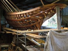 Boat Plans: What You Must Know Before Choosing One Wooden Model Boats, Wooden Boat Building, Wood Boats, Classic Sailing, Classic Yachts, Sailing Dinghy, Sailing Ships, Hull Boat, Boat Crafts