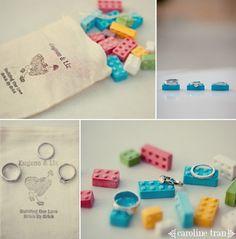 Pueden ser las piezas necesarias (y manual) de cómo armar una personita - Lego wedding ideas. #wedding #diy wedding #wedding favors