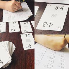 Tabliczka mnożenia tylko z kartami Grabowskiego  A Wy jakie macie pomoce naukowe do tabliczki mnożenia?  #kartygrabowskiego #matematyczne #zawodowamama #zabawa #naukaprzezzabawe #edukacjadomowa