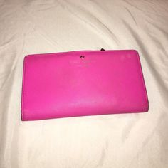 HOT PINK KATE SPADE WALLET Good condition. Some wear but still has a good amount of life. :) cheaper on Merc. kate spade Bags Wallets