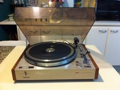 Turntable Philips GA202