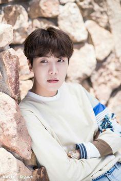 BTS J-Hope 2019 Billboard Music Awards photoshoot by Naver x Dispatch Gwangju, Jimin, Bts Bangtan Boy, Bts Boys, Jung Hoseok, Park Ji Min, Billboard Music Awards, Bts J Hope, Foto Bts