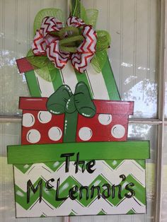 Items similar to Christmas decorations, front door deco, Christmas wreath on Etsy Grinch Christmas Decorations, Christmas Yard Art, Christmas Makes, Christmas Wood, Christmas Signs, Simple Christmas, All Things Christmas, Christmas Wreaths, Christmas Ideas