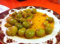 Olivas del Cristo en Navarre.  Un aperitivo delicioso por Garbiñe Martija, Agente de Viajes en Noaoa Bidaiak  http://www.onfan.com/es/especialidades/fitero/bar-san-antonio/olivas-del-cristo?utm_source=pinterest&utm_medium=web&utm_campaign=referal