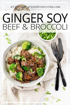 Ginger Soy Beef & Broccoli - Ginger, soy sauce, and brown sugar give sliced beef a sweet & savory flavor while the broccoli florets add a crisp crunch to this one-pan dish. Top Recipes, Lunch Recipes, Drink Recipes, Beef Recipes, Breakfast Recipes, Dinner Recipes, Cooking Recipes, Easy Weeknight Meals, Easy Meals