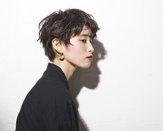 Rougy SHORT Short Hair With Layers, Short Hair Cuts For Women, Short Hairstyles For Women, Cool Hairstyles, Short Hair Styles, 80s Short Hair, Asian Haircut, Crop Haircut, Hair Inspo