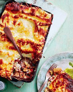 We've swapped the traditional meat sauce for one with lentils and roasted vegetables for hearty, flavoursome vegetarian lasagne. This dish is the prefect way to feed a crowd or freeze the extra portions for no-hassle midweek dinners. Roasted Vegetable Lasagne, Veg Lasagne, Vegetarian Lasagne, Lasagne Recipes, Roasted Vegetables, Vegetable Dishes, Casserole Recipes, Veggies, Lentil Recipes
