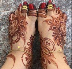 Leg Henna Designs, Khafif Mehndi Design, Rose Mehndi Designs, Latest Bridal Mehndi Designs, Mehndi Designs 2018, Modern Mehndi Designs, Mehndi Design Photos, Wedding Mehndi Designs, Dulhan Mehndi Designs