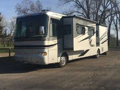 Check out this 2005 Monaco Knight 40 listing in Minnesota City, MN 55959 on RVtrader.com. It is a Class A and is for sale at $76500.