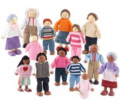 Multicultural Doll Families (14 piece)
