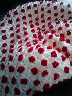 lindíssimo.... Crochet crocodile stitch afghan by CrochetByVicky on Etsy      ♪ ♪ ... #inspiration #crochet  #knit #diy GB