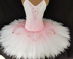 Design Challenge - Do Tutu Dance Costumes Ballet, Tutu Ballet, Ballerina Dress, Tutu Costumes, Ballet Girls, Ballerina Costume, Ballet Dance, Ballet Shoes, Beautiful Costumes