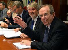 notizie  G.M.: Pensioni: Poletti, al lavoro su scalino blocca tur...