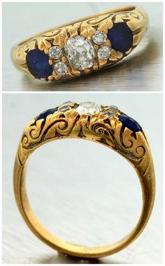 1920s Antique Art Deco Estate 14K Yellow Gold Blue Sapphire Diamond Ring