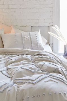 Shop Bomi Tufted Duvet Cover at Urban Outfitters today. Bedroom Comforter Sets, Duvet Bedding, Duvet Sets, Duvet Cover Sets, Boho Duvet Cover, Best Duvet Covers, Boho Bedding, Twin Comforter Sets, Girl Bedding