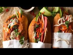 This Banh Mi recipe covers the truly authentic meats as well as how to make an exceptional Banh Mi just by going to your everyday grocery store! Popular Mexican Food, Mexican Food Recipes, Ethnic Recipes, Yum Yum Chicken, Baked Chicken, World Recipes, New Recipes, Banh Mi Recipe, Vietnamese Sandwich