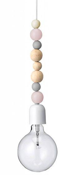 Bloomingville Hanglamp met 8 houten pastel/naturel bollen en linnen snoer 120cm goedkoopste op Woning-Design.nl