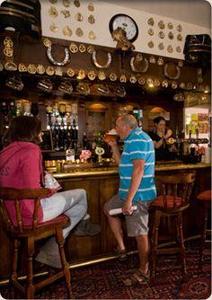 the buck inn - bar image 2