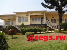A furnished house for rent in Kigali – Nyarutarama Location: District of Gasabo, Nyarutarama, at short distance from RDB Description: - 4 bedrooms - A sitting room and a dining room - 3 rest...