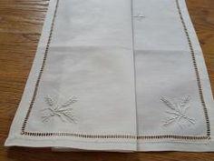 Purificatoire ancien ou voile de calice en fil brodé épi de blé croix  12364