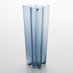 "Alvar Aalto, vas, glas, ""Savoy"", Iittala 2000-tal. - Bukowskis Glass Design, Design Art, Alvar Aalto, Ragnar, Bukowski, Pint Glass, Modern Contemporary, Retro Vintage, Beer"