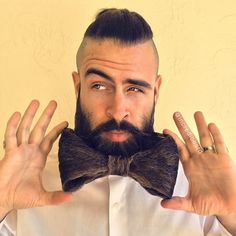 Mr. Incredibeard Continues to Impress with Bizarre Facial Hair Designs - My Modern Met