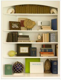 White Bookshelves Styling w Kate Jackson Styling Bookshelves, White Bookshelves, Decorating Bookshelves, Bookshelf Design, Bookcase Shelves, Built In Shelves, Bookcases, Built Ins, Rustic Bookshelf