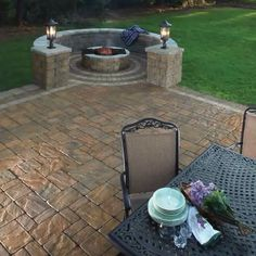 Love the idea of a fire pit in the back yard