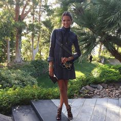 Inside Louis Vuitton's Cruise Show In Palm Springs Knit Fashion, Fashion Show, Helena Bordon, The Zoe Report, Holy Chic, Chanel Cruise, Celebrity Outfits, Get The Look, Travel Style