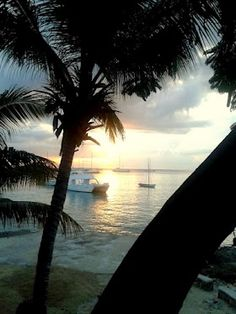 It was raining on and off today, even withsome thunderstorm, but at the end we had a nice sunset in Bayahibe