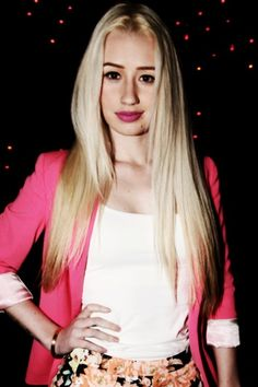 Iggy azalea and the pink blazer