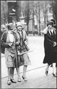1920s Flappers - Page 3 - the Fashion Spot