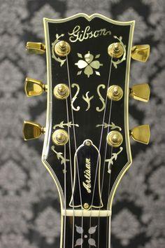 1978 Gibson Les Paul Artisan headstock