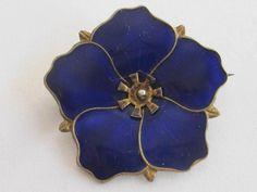 Estate Find..Vintage Sterling Silver Blue Enamel Flower Pin / Brooch NORWAY Jewelry Art, Jewelry Ideas, Silver Jewelry, Jewellery, Brooch Pin, Norway, Brooches, Scandinavian, Enamel