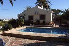 Jolie maison avec piscine privée et climatisacion, située à Javea