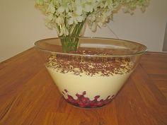 Eierlikör - Mascarpone - Dessert, ein tolles Rezept aus der Kategorie Cremes. Bewertungen: 10. Durchschnitt: Ø 3,8.