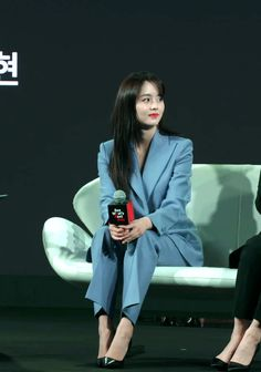 Kim So Hyun Fashion, Kim Sohyun, Celebrities, Drama, Colors, Make Up, Celebs, Dramas, Colour