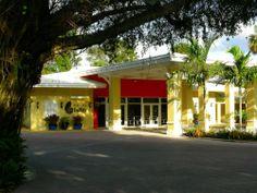 Hotel Indigo Miami Lakes - Property Pick of the Litter | FIDO Friendly